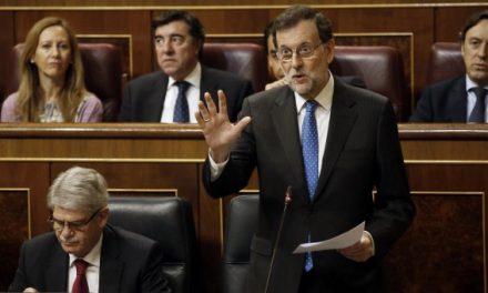 Rajoy, cinco semanas fuera de control parlamentario en plena catarata de corrupción