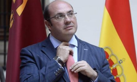 El juez dice que «resulta claro» que Pedro Antonio Sánchez consintió la contratación de los servicios de 'Púnica'