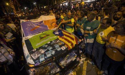 Las asociaciones de la Guardia Civil denuncian las agresiones de los golpistas catalanes
