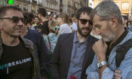 Una fotografía del Jemad de Podemos abochorna a la Guardia Civil y al Ejército