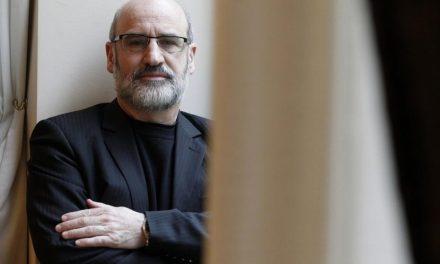"""Fernando Aramburu sobre Cataluña: """"Basta un pequeño episodio para que se desate una tragedia colectiva"""""""