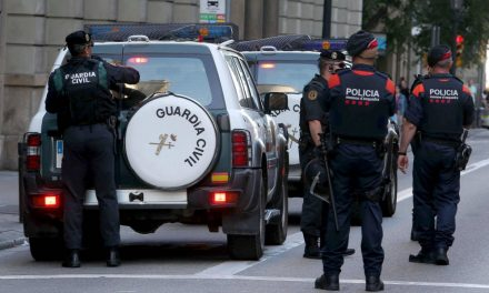 'Mossos' indignados quieren pasarse a Policía o Guardia Civil: «Están avergonzados»
