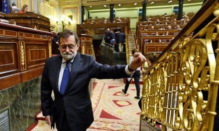 El Gobierno estudia qué hacer si Puigdemont se atrinchera en su despacho tras ser destituido con el 155