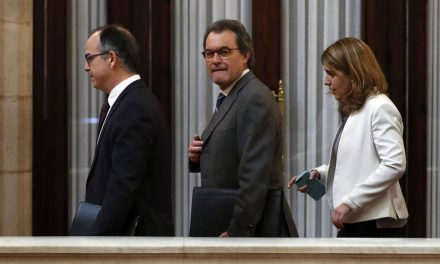Máxima tensión entre los pesos pesados de PDeCAT y ERC por la respuesta al Gobierno