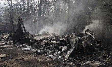 El fuego da un respiro a Vigo y su área y ya ningún incendio amenaza núcleos poblados