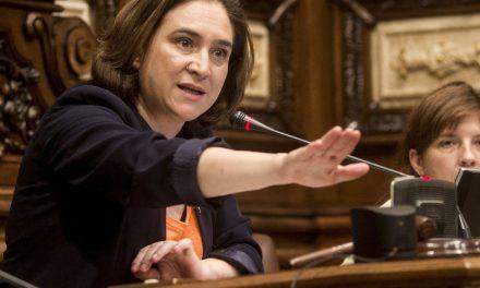 Iglesias y Colau ponen en marcha el 'presoak kalera' catalán