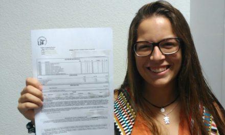 La barra libre universitaria de Díaz: becas con un aprobado y el máster gratis