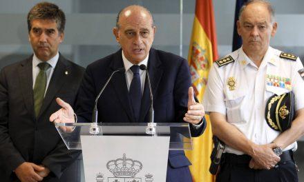 La cúpula policial compró equipos de espionaje telefónico sin autorización