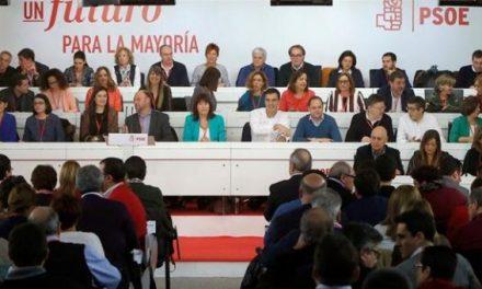 Sánchez vuelve a liderar un Comité Federal entre reproches por no haber consultado el apoyo del 155