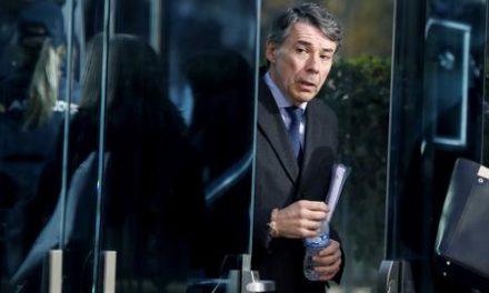 """González traiciona a su mentora Aguirre: """"Estuvo en la reunión para contratar el logo de 'La suma de todos'"""""""