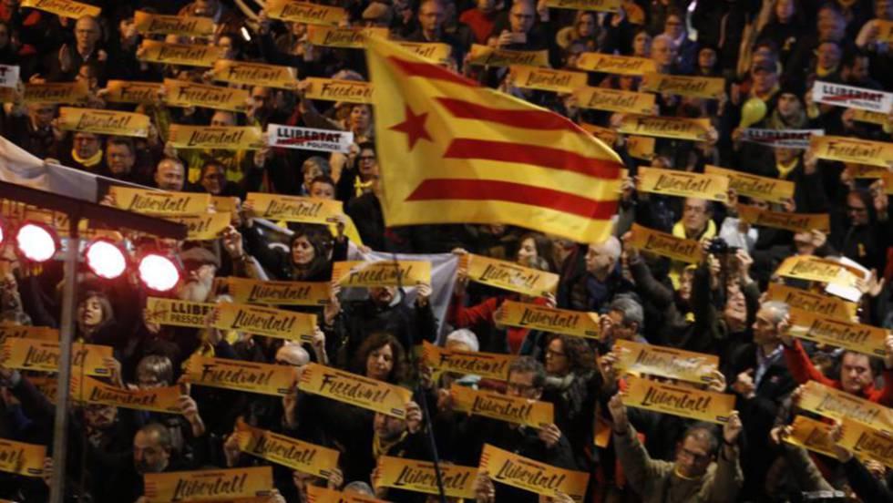 INDEPENDENTISMO CATALÁN: Los fugados negocian garantías para renunciar a las actas de diputado