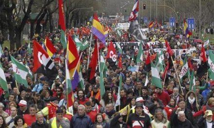 Los indignados vuelven a la calle: preparan una primavera caliente contra el Gobierno