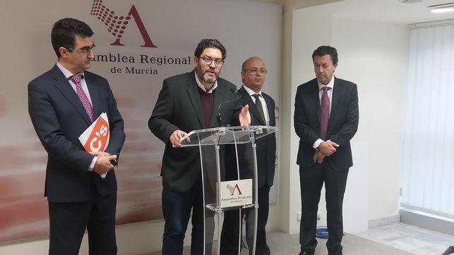 Ciudadanos firma el preacuerdo del Pacto Regional contra la Violencia de Género