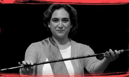 Ada Colau, la malabarista atragantada por el procés