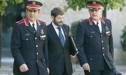 Zoido mantiene en la cúpula de los Mossos al responsable del espionaje político
