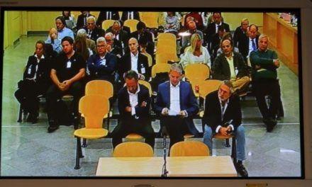 Denunciantes de casos de corrupción exigen hoy ante el Congreso una ley que los proteja