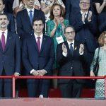 Torra descubre la Cataluña que aplaude el himno