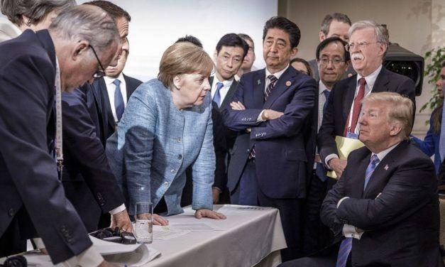 """Donald Trump libera sus pensamientos: """"Europa es enemigo de EEUU"""""""