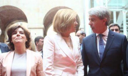 El Gobierno de Garrido apoyará a Sáenz de Santamaría tras su fallida apuesta por Cospedal