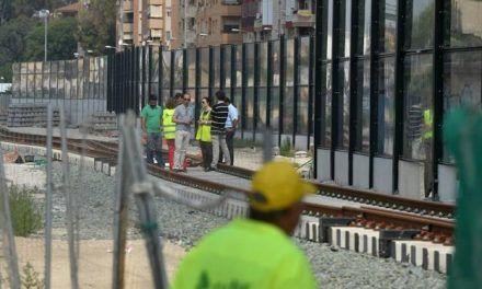 Una treintena de asociaciones aplauden la solución adoptada para la llegada del AVE a Murcia