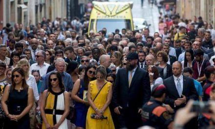 Fracasan los intentos de despolitizar la conmemoración de los atentados del 17-A