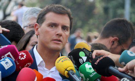 """Rivera acusa a Torra de usar a los Mossos como """"policía política"""""""