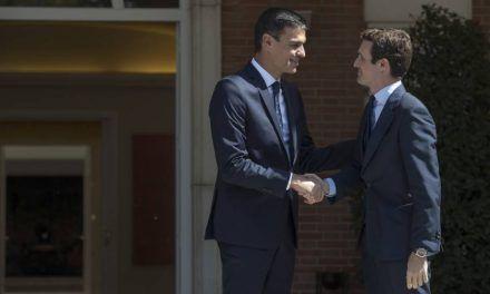 Pedro Sánchez y Pablo Casado sellan su primer pacto: blindar el aforamiento de los cargos públicos