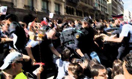 Un año de golpe contra la democracia en Cataluña. Años perdidos para la izquierda en el resto de España