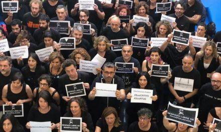 """""""No formamos parte del botín"""": los periodistas de la radiotelevisión de Feijóo se manifiestan este sábado hartos de la manipulación informativa"""