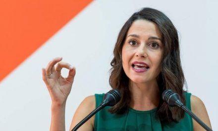Inés Arrimadas asegura que Andalucía no tendrá presupuestos «si no se eliminan aforados»