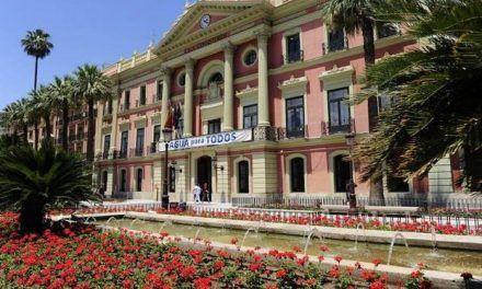 Ocho funcionarios municipales de Murcia cobran más que el presidente del Gobierno