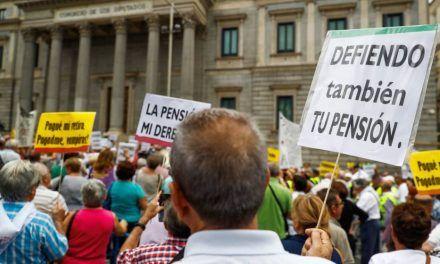 Trece regiones no pueden pagar las pensiones con sus cotizaciones