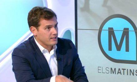 Rivera pide ir a votar en Andalucía contra los nacionalistas catalanes