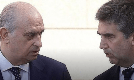 El 'caso Villarejo' aflora la guerra fría entre Fernández Díaz y Cosidó en Interior