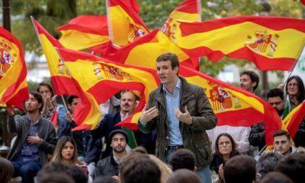 Alonso escenifica un cierre de filas con Casado a pesar de las cesiones a Vox