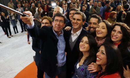 Rivera juega al 'pacto Borgen' en Andalucía para que Ciudadanos presida la Junta