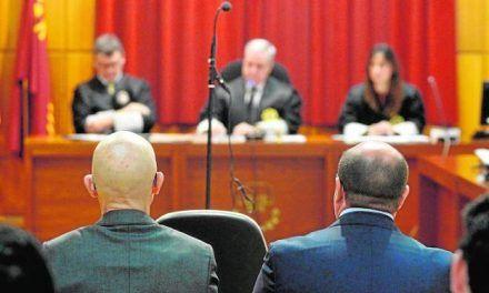 La sentencia que absolvió a Sánchez no afloja en sus críticas a la labor judicial