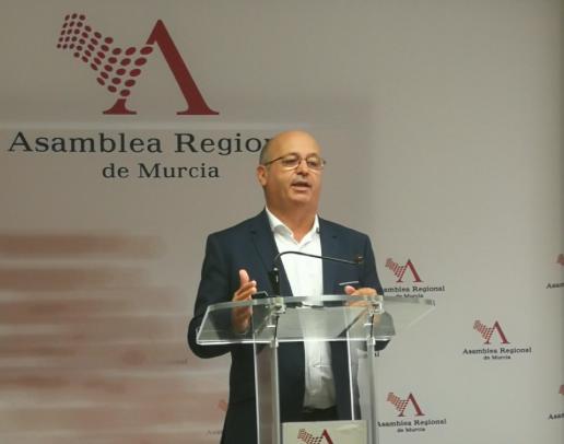 Ciudadanos denuncia que el Gobierno regional aún no ha desarrollado el reglamento de la ley de protección animal
