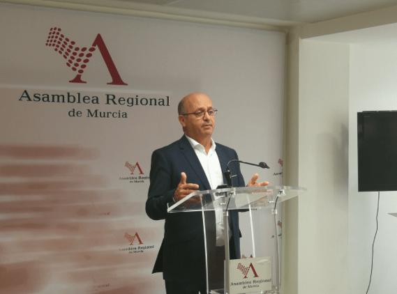 Ciudadanos denuncia que el Gobierno regional aún no ha pagado las indemnizaciones a los expropiados por el aeropuerto