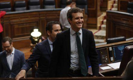 El verdadero giro de Casado: enmienda a Rajoy y Aznar con la defensa del español