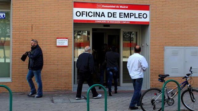El Gobierno recupera el subsidio para desempleados mayores de 52 años que endureció Rajoy