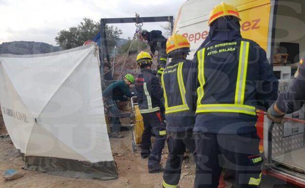 Un macizo rocoso de pizarra retrasa las labores de rescate de Julen