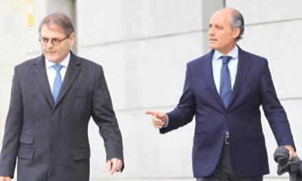 Camps niega el amaño de los contratos y le recuerda al juez su pasado socialista