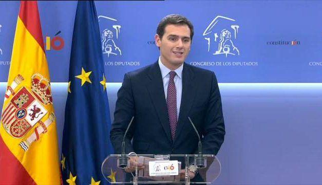 """Rivera: """"Es la hora de los que amamos España. Hay que llenar las urnas de votos naranjas"""""""