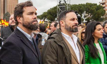 La crisis de Vox en León por los vínculos con la Fundación Franco provoca la huida de 100 de sus 400 afiliados en la provincia