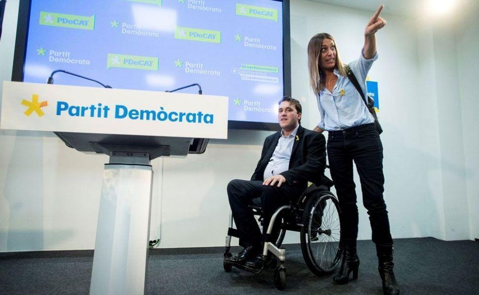 Puigdemont subleva al Pdecat con la espantada de su vicepresidenta