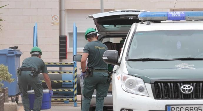 El suegro del consejero Rivera cobró un millón por las acciones en la desaladora