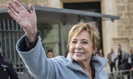 Villalobos, desatada: Casado ganó porque «se mataron vivas» Soraya y Cospedal