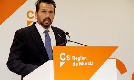 Mario Gómez: «Tenemos que educar al PP, las cosas ya no se hacen por imposición»