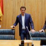 Hiperactividad parlamentaria: Rivera ordena a sus diputados 'dar el sorpaso' al PP